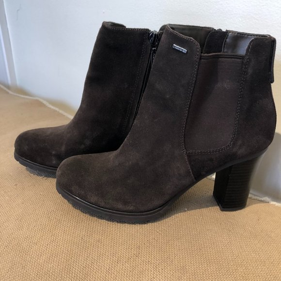 GEOX Respira Brown Suede Ankle Boots, Sz 38